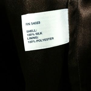 GAP Tops - Gap 100% Silk Empire Waist V-Neck Top - Size Small